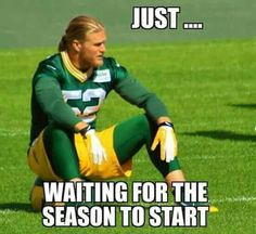 Football season is over and that's sad. But with these tips to survive the football offseason, you'll have plenty to do until next season. Packers Baby, Go Packers, Green Bay Packers Fans, Packers Football, Football Memes, Football Boys, Football Season, Greenbay Packers, Football Shirts