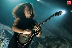 Poze concert Testament la Arenele Romane 2014 Roman, Music Instruments, Concert, Musical Instruments, Concerts