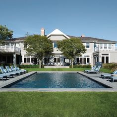 Hamptons Home Is Revamped Into A Beachy Retreat