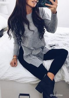 Whether you're going for a preppy or girl-next-door look, this grey side slit tunic sweater can help. Looking fine with this starts by clicking here. College Outfits, New Outfits, Cute Outfits, Fashion Outfits, Tunic Sweater, Grey Sweater, Sweater Shop, Fall Winter Outfits, Autumn Winter Fashion