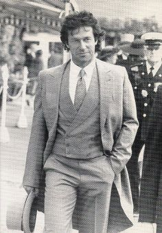 Dashing Imran Khan <3 ~ Modern Pakistan's champion cricket captain, actor, celebrity and leading popular politician.