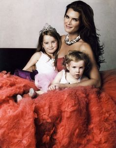 Brooke Shields and daughters