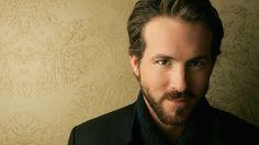 Ryan Reynolds all bearded up and still yummy