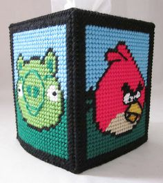 Angry Birds tissue box cover in plastic canvas plastic-canvas-projects Plastic Canvas Tissue Boxes, Plastic Canvas Crafts, Plastic Canvas Patterns, Needlepoint Patterns, Cross Stitch Patterns, Crochet Patterns, Cross Stitch Disney, Stitch Games, Origami