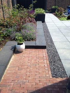 New Exterior Design House Layout Ideas Garden Paving, Terrace Garden, Garden Paths, Back Gardens, Small Gardens, Outdoor Gardens, Roof Gardens, Modern Landscaping, Backyard Landscaping
