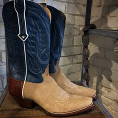 The Liberty Classic JA Roughout - here with chocolate bison counter. Casual doesn't get any classier than this. Custom Cowboy Boots, Boot Shop, Men's Boots, Bison, Traditional Dresses, Counter, Liberty, Boards, Classy