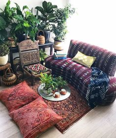 Morning meditations & cozy conversation corners make my heart so happy.   Finally beginning to feel human again in this house!   The upside? I think I lost a dress size!   The downside? I almost had to diaper my damn self in the process!   Our beautiful persian princess 'Afareen' rug on the floor, these stunning blush toned kilim floor cushions