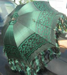 Exquisite Antique Highly Detailed Parasol Faux Ivory Cow Bone Handle Z Vintage Umbrella, Fancy Umbrella, Lace Parasol, Vintage Outfits, Vintage Fashion, Brollies, Umbrellas Parasols, Under My Umbrella, Vintage Accessories