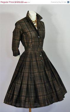 ON SALE Vtg 1950 60s Graphic DRESS Bullocks Wilshire Sportswear Full Skirt Shirt Dress S