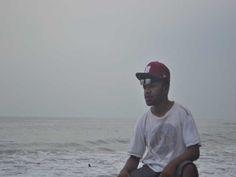 Di pantai Cicarita...