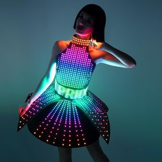 SMART Luminous Dress with a Choker with a Plastic Base glow in the dark Festival Costumes, Festival Outfits, Festival Fashion, Light Up Dresses, Light Up Clothes, Pretty Outfits, Cute Outfits, Light Up Costumes, Led Dress
