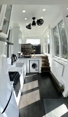 Couple's Luxury Tiny House on Wheels with Solar - Architecture Diy Best House Plans, Tiny House Plans, Tiny House On Wheels, Off Grid Tiny House, Small Room Design, Tiny House Design, Kombi Home, Tiny House Living, Living Room