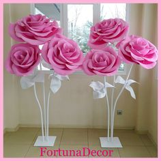 Best 11 Large paper flowers for the photo zone. Giant flowers for wedding decoration. Paper Flowers Craft, Large Paper Flowers, Paper Flowers Wedding, Paper Flower Backdrop, Giant Paper Flowers, Big Flowers, Flower Crafts, Tree Crafts, Flower Decorations