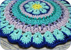 Tapete Mandala Flor Africana em Trapilho – Fios de Malha – Blog do Bazar Horizonte – Maior Armarinho Virtual do Brasil