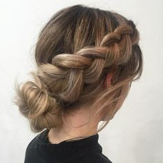 wedding hairstyles easy hairstyles hairstyles for school hairstyles diy hairstyles for round faces p Box Braids Hairstyles, Cute Hairstyles For School, Cute Hairstyles For Medium Hair, My Hairstyle, Medium Hair Styles, Cool Hairstyles, Short Hair Styles, Hairstyles Videos, Easy Every Day Hairstyles