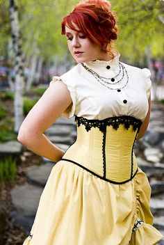 Lola with Lolita and Kinsella by Scoundrelle, via Flickr