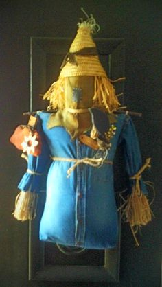 handmade scarecrow by Shawn Farley at Homestead Gatherings..Cambridge Ohio