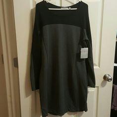 Omega dress Long sleeve black and grey Athleta Dresses Midi