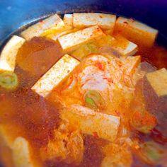 暑い!!!!!!今日は雨が降っても暑いなあ>>>>>> - 4件のもぐもぐ - 韓国キムチの味の豆腐やアサリのスープ by ninaran
