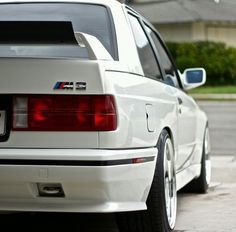 M3 135i, Bmw E30 M3, Subaru Cars, Bmw Classic Cars, Car Racer, Sports Car Racing, Sports Sedan, Bmw 3 Series, Top Cars