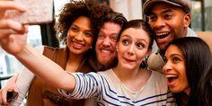 La amistad es una de las más nobles y desinteresadas formas de afecto que una persona puede sentir por otra. Los que son amigos se aceptan y se quieren sin condiciones, tal como son, sin que esto quiera decir que sean cómplices en todo o que se encubran mutuamente sus faltas. Incapaces de engañarse, sinceros y dicen las cosas tal como las ven o las sienten. Dispuestos a confiarse secretos, darse buenos consejos, escucharse, comprenderse y apoyarse.