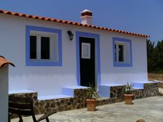Lovely holiday house, settled in natural environment. Aljezur, West Algarve.