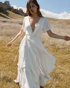 dresses ball gown silk Sexy Mother Of The Bride Dress Fall Wedding Dresses Ball Gown White Cotton Shirt Dress Fall Wedding Dresses, Fall Dresses, Designer Wedding Dresses, Bridal Dresses, Wrap Wedding Dress, Wedding Gowns, Casual Wedding, Boho Summer Dresses, Wrap Dresses