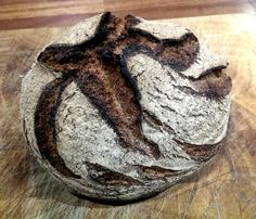 Sawbo Rye. Lovely natural splits from the oven spring. #breadchat