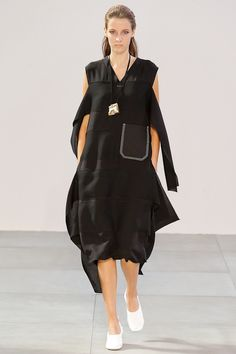 Céline Spring 2015 Ready-to-Wear Runway Photos
