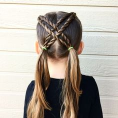 Today we did a fun crisscrossed pigtail style. It was perfect for school. Hope everyone is having a great week! Today we did a fun crisscrossed pigtail style. It was perfect for school. Hope everyone is having a great week! Girls Hairdos, Baby Girl Hairstyles, Cool Hairstyles, Toddler Hairstyles, Short Haircuts, Cute Little Girl Hairstyles, Hairstyles For School Girls, Hair Dos For School, School Picture Hairstyles