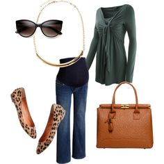 A fashion look from August 2012 featuring , Madewell flats and Warehouse necklaces. Browse and shop related looks.
