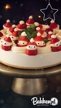 Christmas Deserts, Christmas Treats, Christmas Baking, Christmas Cake Designs, Party Food Platters, Cute Desserts, Just Cakes, Food Humor, Mini Cakes