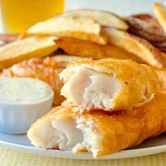 Super Crispy Fish and Chips – learn the secret to crispy batter! Super Crispy Fish and Chips. After years of experimenting I've perfected my homemade version of fish and chips that uses part rice flour in the batter recipe for guaranteed crunch. Seafood Dishes, Seafood Recipes, Cooking Recipes, Seafood Platter, Cooking Kale, Cooking Ribs, Cooking Pasta, Cooking Turkey, Slow Cooking