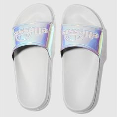 Love these ellese sliders! Ellesse, Pool Slides, Sliders, Sandals, Shopping, Shoes, Outfits, Style, Fashion