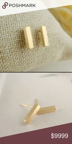 Stick Earrings Gold Tone silver stick earrings. The silver sold out. They are definitely elegant.                                         Fast Shipping 📦 Jewelry Earrings