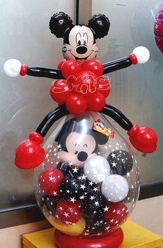 Minnie or mickey Mouse theme stuffed balloon Fiesta Mickey Mouse, Mickey Mouse Parties, Mickey Party, Mickey Mouse Birthday, Mickey Minnie Mouse, Balloon Crafts, Balloon Gift, Balloon Decorations, Balloon Ideas