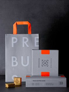 Design your own custom tissue packaging paper with logos - noissue Tea Packaging, Food Packaging Design, Packaging Design Inspiration, Brand Packaging, Graphic Design Inspiration, Bottle Packaging, Design Social, Corporate Design, Paper Bag Design