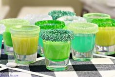 Candy Infused Vodka, mmmmm looks delicious for St Pattys Day Party Drinks, Fun Drinks, Yummy Drinks, Beverages, Alcoholic Drinks, Mixed Drinks, Candy Shots, Cheers, St Patricks Day Drinks
