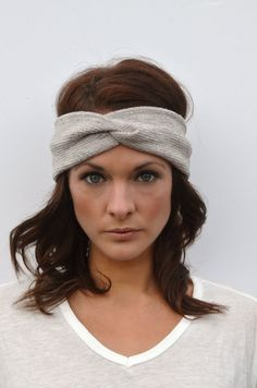 This wide twist headband is perfect for everyday or working out. Wear the twist to the front, down low to cover your ears, or to keep hair