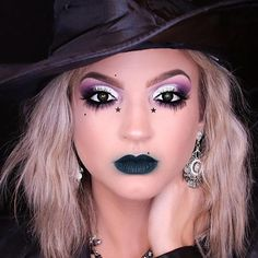 An easy Halloween makeup tutorial on how to create a Glam Witch using Makeup Geek products. + An easy Halloween makeup tutorial on how to create a Glam Wit Simple Witch Makeup, Witchy Makeup, Halloween Makeup Witch, Halloween Eyes, Halloween Makeup Looks, Easy Halloween, Halloween Makeup Tutorials, Pretty Witch Makeup, Gorgeous Makeup