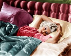 Jean Harlow. Colour coordinating your sleepwear with your bed? Classy!