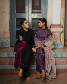 We have grown up knowing each other in this neighbourhood, now we celebrate in each others joy. Pakistani Dresses Casual, Pakistani Dress Design, Indian Dresses, Indian Outfits, Designer Punjabi Suits, Indian Designer Wear, Designer Sarees, Indian Attire, Indian Ethnic Wear