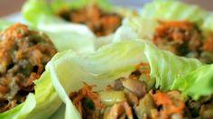 Fonte: Créditos GNT  Ingredientes para o preparo da carne moída: 250g de carne moída orgânica 2 dentes de alhos picados 1 colher de sopa de gengibre picado 1 colher de sopa de óleo de gergelim 2 colheres de sopa de shoyu 2 cenouras raladas 1 cebola picada 10 vagens cortadas na diagonal ¼ copo de semente de abóbora ½ maço de ...