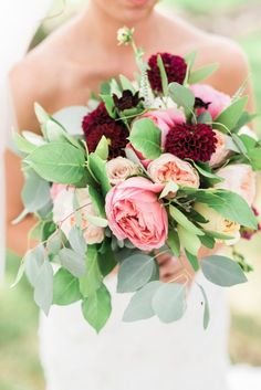 pink and red bouquet - photo by Two Birds Photography http://ruffledblog.com/vendors/two-birds-photography/