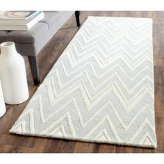 Safavieh Handmade Moroccan Cambridge Grey/ Ivory Wool Rug (2'6 x 6') | Overstock™ Shopping - Great Deals on Safavieh Runner Rugs
