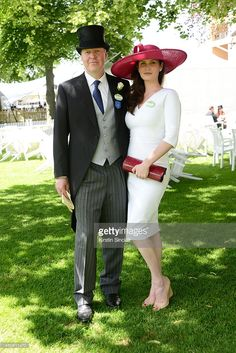 The Earl and Countess of Spencer attend day two of Royal Ascot at Ascot Racecourse on June 2014 in Ascot, England. (Photo by Kirstin Sinclair/Getty Images for Ascot Racecourse) Karen Spencer, Lady Spencer, Spencer Family, Diana Spencer, Race Day Fashion, Races Fashion, Ascot Outfits, Royal Ascot Hats, Races Style