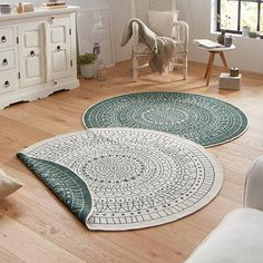 The Twin Porto Reversible Indoor & Outdoor rugs are Polypropylene Machine Woven in Belgium floor coverings that have a thickness and a weight of These rugs are suitable for use both indoors and outdoors, being both hardwearing and Wall Carpet, Diy Carpet, Modern Carpet, Modern Rugs, Sisal Carpet, White Carpet, Mandala Rosa, Carpet Trends, Carpet Ideas