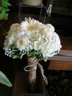 white chrysanthemum red gerbera daisy bouquet - Google Search