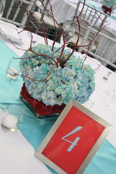 World Trade Center - Simple Drama Wedding Flowers Photos on WeddingWire