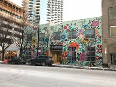 Louise Jones, known as Ouizi, is a Detroit-based artist from Los Angeles who has multiple resources: large-scale floral compositions, construction projects, or Mural Floral, Flower Mural, Mural Art, Wall Murals, Wall Art, Detroit, Louise Jones, Mott Street, Street Art